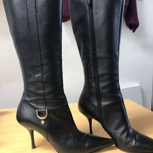 GUCCI 134863 BLACK LEATHER + SILVER LOGO BOOTS